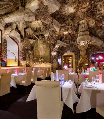 Fine dining restaurant with stalactite cave interior since 1912 - Gourmet restaurant in Prague city center